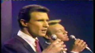 """Righteous Brothers """"You'll Never Walk Alone"""" 1965"""