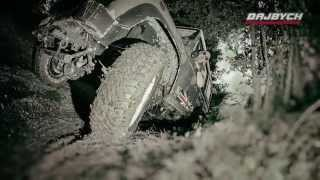 preview picture of video 'Land Rovery v terénu i na silnici – celebrity konvoj Dajbych'