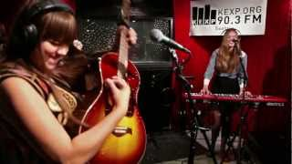 First Aid Kit - King Of The World (Live)