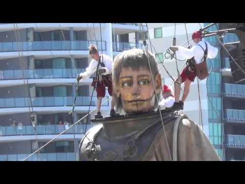 Day 3. The Giants. Diver and Little Girl Giant in Perth. Royal de Luxe. Perth, Australia