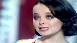 Поет Наташа Медведева и Наташа Королева