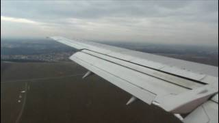 preview picture of video 'Smart Wings 737 Landing Prague'