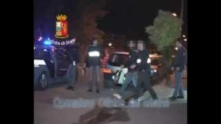 preview picture of video 'La Squadra mobile di Caserta chiude l'Officina del crimine del clan Belforte'