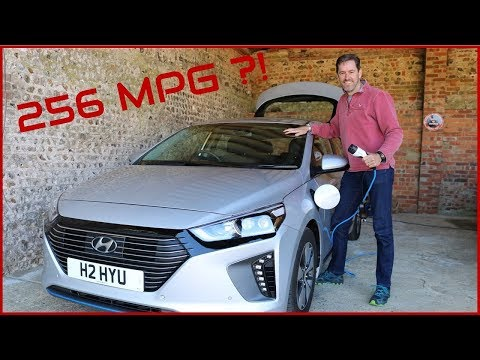 Living with the Hyundai IONIQ PHEV - Real-world MPG test !