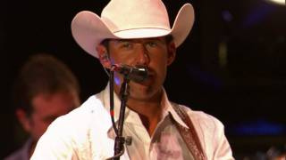 Aaron Watson - Lonely Lubbock Lights (Live)