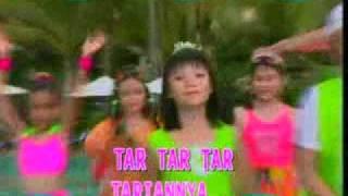Download lagu Trio Kwek Kwek Tari Samba Ale Ale Mp3