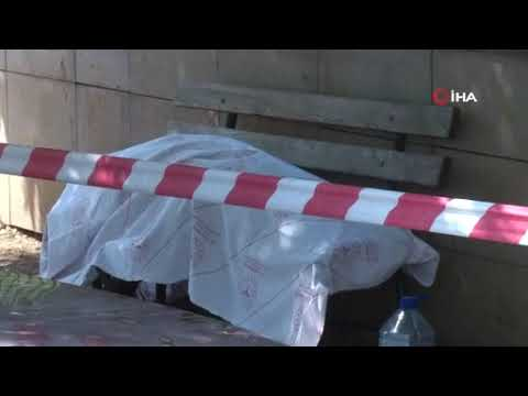 Ölüm evsiz adamı bankta buldu