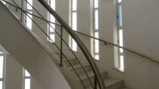 preview picture of video 'בית חיים ויצמן (מכון ויצמן למדע) - חדר המדרגות בבית של ורה וחיים ויצמן Weizmann House, Israel'