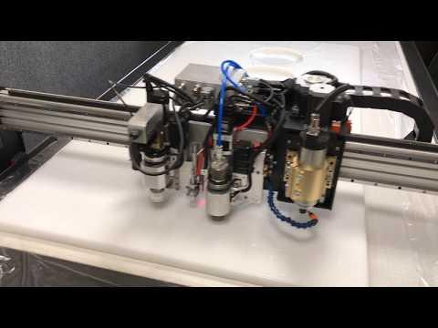 Резка поролона на режущем плоттере Моделист-X-PLT