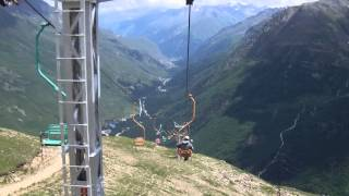 Lifts up to Mount Elbrus