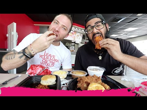 KFC VS Popeyes FRIED CHICKEN – American Fast Food Review   North Miami Beach, Florida