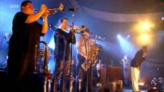 Tower of Power - Knock Yourself Out - Leverkusen Live