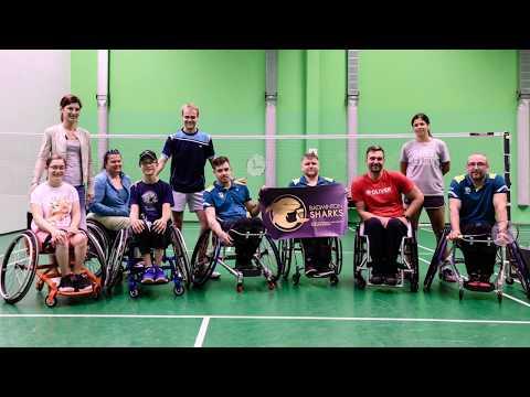 Otev?ený trénink para-badmintonu