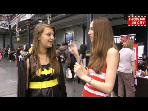 Batgirl & Joker Cosplay Interview | MTW