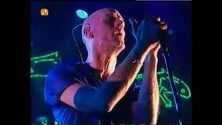 R.E.M.   Everybody Hurts (Live At Stravinski Auditorium, Switzerland)