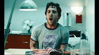 几分钟看完喜剧片《超级精爸》:男子凭空多出533个亲生骨肉