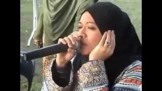 تحميل اغاني مجانا فتاه من ماليزيا تقرأ القران بطريقة الشيخ عبد الباسط عبد الصمد