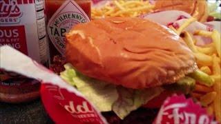 Freddy's Frozen Custard & Steakburgers Review ( Best Fast Food Burgers Ever ? )