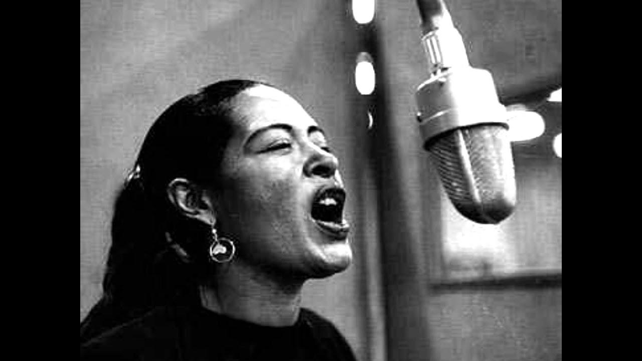 Lirik Lagu Strange Fruit - Billie Holiday dan Terjemahan