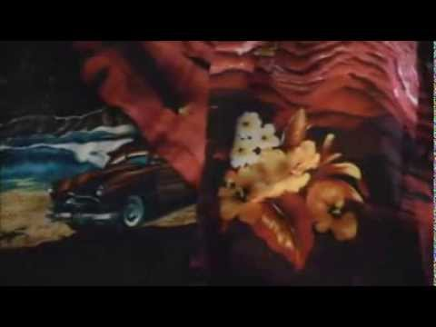 Video Groovy Hawaiian Souvenirs