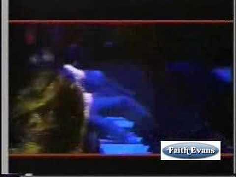 Faith Evans sings The Christmas song..live