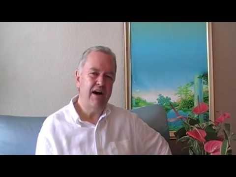 Чарльз Хогг говорит об эмоциональном загрязнении окружающей среды. Официальное Видео.