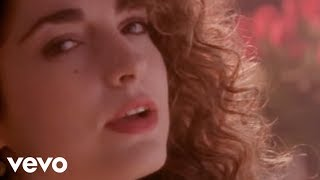 <b>Gloria Estefan</b>  Here We Are