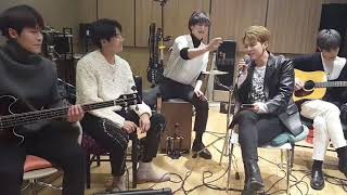 N.Flying Seunghyub and Hweseung switch parts - How R U Today