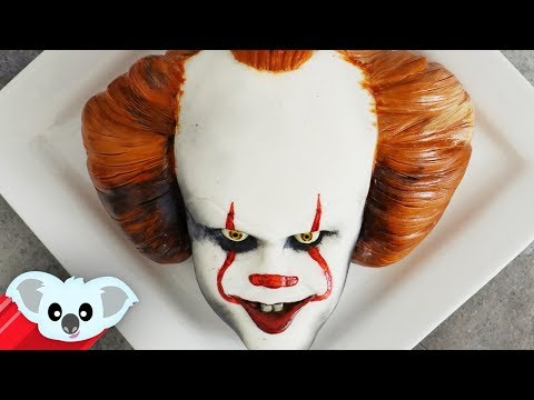 IT Pennywise Cake | Scary Halloween Ideas