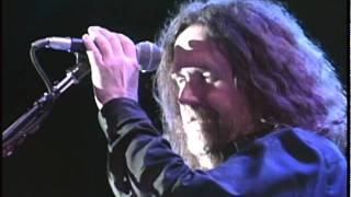 BOSTON  Something About You  2004 LiVE @ Gilford