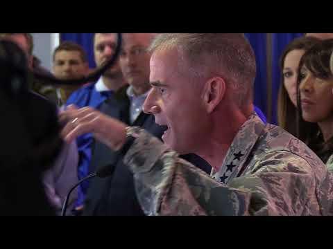 Un général américain conseille aux élèves officiers racistes de « dégager »