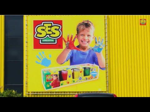 SES Creative pirkstiņkrāsas komplekts ar četrām dažādām krāsām.