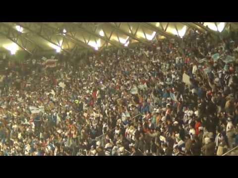"""""""Los Cruzados / es una locura total  /Estadio Germán Becker Temuco/ 08/05/2013 Clásico universitari"""" Barra: Los Cruzados • Club: Universidad Católica • País: Chile"""