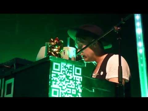 Mark Owen - Heaven's Falling feat. Jake Emlyn LIVE @ Berlin C-Club 23.06.2013