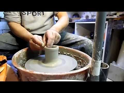 COME SI REALIZZA UNA TAZZA DA TE IN CERAMICA (HOW TO MAKE A CERAMIC CUP OF TEA)
