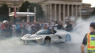 J. Cartu LaFerrari vs. POLICE -BURNOUTS IN THE TRAFFIC- with Afrojack