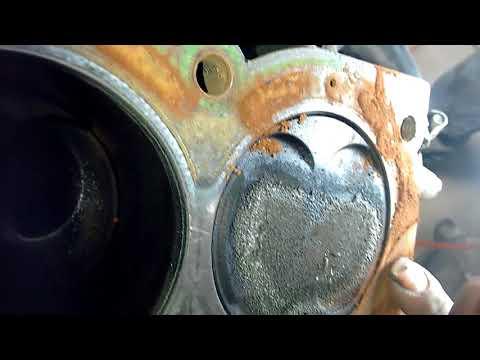 12 Triumph 955i Tiger motor sin coolant