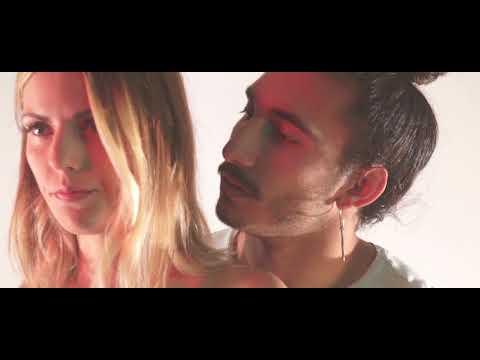 MAKA - COSITAS DE AMOR [VIDEO OFICIAL] HD Mp4 3GP Video and MP3