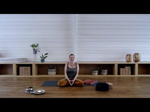 Yin with Daphne Luttger
