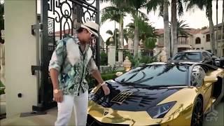 दुनिया के अमीर लोगों के अजीबो गरीब शौक   MILLIONAIRES WHO DO WEIRD THINGS