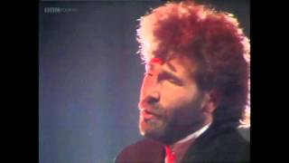 Godley & Creme - Under Your Thumb (TOTP 1981) Full Track