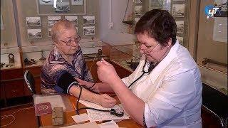 Мобильный центр профилактики принял пациентов в Сольцах