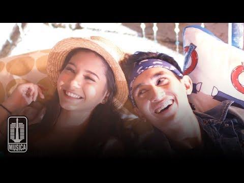 D'MASIV - Melodi (Official Music Video)