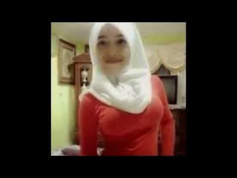 Heboh Fenomena Jilbab Seksi 'Jilboobs'