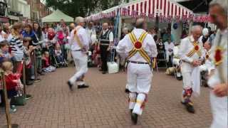 preview picture of video 'Taunton Deane Morris Men - Trunkles'