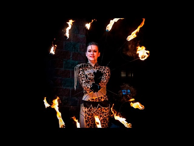Liumanov show - фаер-шоу на ходулях (Люманов шоу - Fires show on stilts)