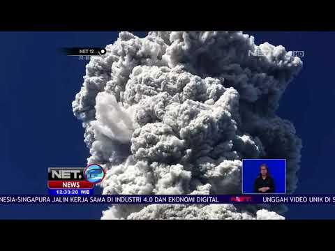 Gunung Merapi Tadi Pagi Meletus, Para Pendaki Berlarian Selamatkan Diri - NET12