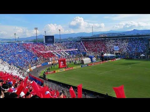 """""""Ultra Fiel Honduras - Recibimiento - Recibiendo a Olimpia🇳🇱 Fútbol Hondureño #QuedateEnCasa """" Barra: La Ultra Fiel • Club: Club Deportivo Olimpia • País: Honduras"""