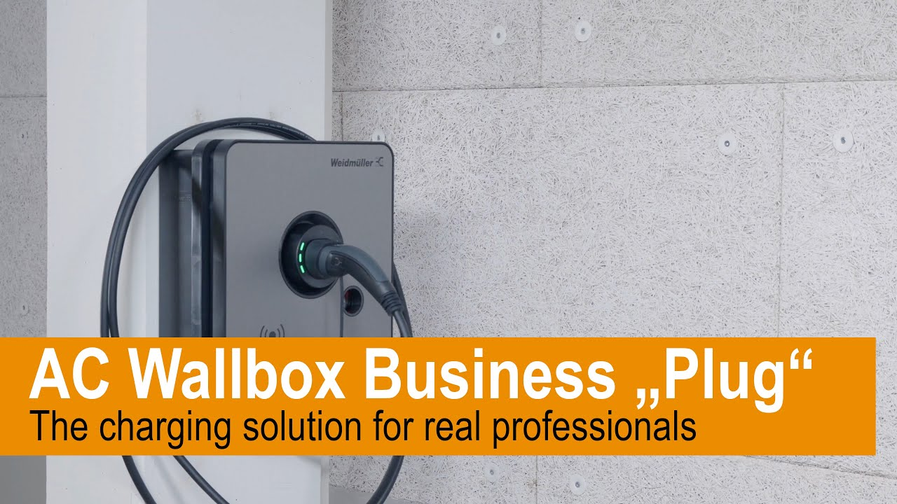 Just as simple works our AC Wallbox BUSINESS Plug variant - let us convince you