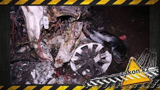 Лобовое столкновение BMW и Mazda в Алматинской области